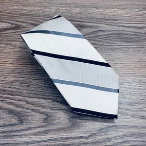 Express White, Silver & Black Stripe Tie